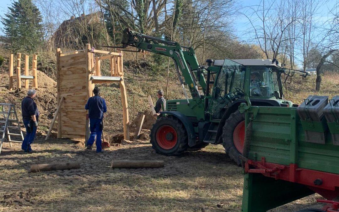 Aufbau des Kinderspielplatzes im Kupfermühlental schreitet voran